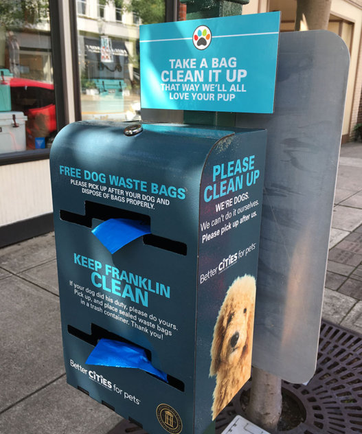 Pet waste station in Franklin, TN