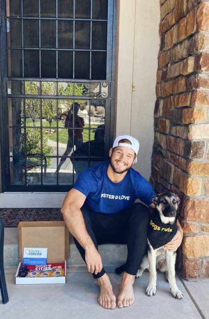 Colton Underwood and Zooka support Mars Petcare's FOSTER TO FOREVER™ program to encourage pet adoptions and end pet homelessness.